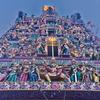 リトルインディア 「スリ・ヴィラマカリアマン寺院」の見てて飽きない彫刻像