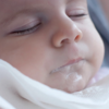 赤ちゃんがよくミルクを吐きますが、大丈夫ですか?