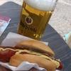 ドイツで美味しい街歩き。ホットドッグとビールは相性抜群。カリーヴルストもおいしい!