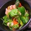 漬け物リメイク!彩りパリポリ豆苗サラダ