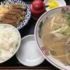 【福岡市博多区吉塚】昼間からたくさんいます、のんべえさん♪「どんどん餃子」の餃子セット