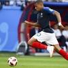 サッカーにおける加速力とスピード(平均すると17m、スプリント約96%が30m以下、持続時間は平均6秒以下、90秒に1回の割合でスプリントをおこなっている)