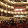 初めてのウィーン オペラ座、ウィーン国立歌劇場にチケットを予約して少しきれいな服を着ていってきました
