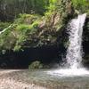 【朝霧高原観光】マイナスイオンたっぷりの癒しスポット「陣馬の滝」に行ってみた感想
