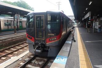 新型「うずしお」号で志度の町歩きへ(四国新型特急乗り継ぎ1)