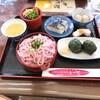 白浜駅前のまつやでお昼に紀州よくばり御膳をいただきました