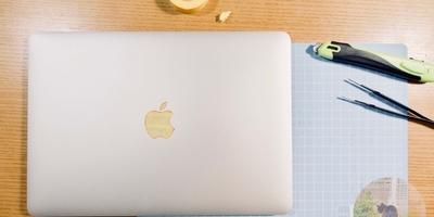 Macの鏡リンゴマークに傷を付けない。マステで簡単に・安く 傷防止対策を施してみた。