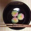 茶道のおけいこ(菊のお菓子とハロウィンの干菓子)