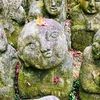 侍、カラス天狗や宇宙人?まで?。かわいい羅漢、おもしろい羅漢、千二百羅漢。京都嵯峨野めぐり愛宕念仏寺。さくら、そうだ 京都、行こう。