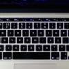 新型macbookproタッチバー機能!5つの便利な特徴をmacbookproと比較検証