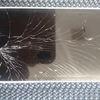iPhoneの画面が割れてても大丈夫。データそのままでその場で直して施工します♪