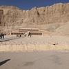 ナイル川クルーズとエジプト満喫8日間 ハトシェプト女王葬祭殿・ネフェルタリの墓