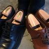 リーガル 季節に合わせた革靴を展開 雪道ソールへ入れ替えの巻
