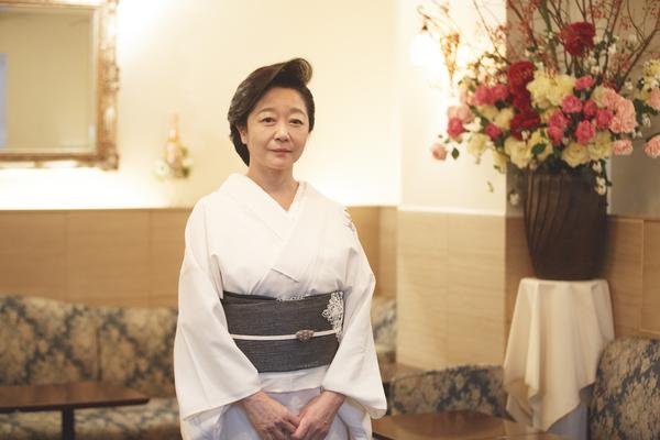 「接客中はIQ500で」 銀座で愛され続ける一流クラブ「稲葉」オーナーママ・白坂亜紀さんの気配り|この「忖度」がスゴい!