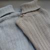 「どうでもよくない服」を購入。NARUのランダムリブコットンタートルカットソー
