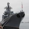 初めて見るロシアの軍艦…