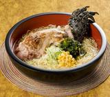 ワニラーメンにピンク色のフォー! リトルワールド「世界の麺祭り」が相当攻めている【愛知県犬山市】