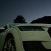 夜のオープンカーが「動くプラネタリウム」になる話