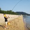夏休みと言えば海!! 海と言えば釣り!!! キス釣りでダツが釣れる!?ダッツーはヤバい