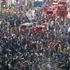 ハロウィーン、渋谷駅周辺に数万人…一部で混乱