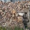薪ストーブ始生代22 薪は足りるのか①~短い広葉樹薪とどす黒い薪の棚