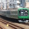 《東急》【写真館83】装飾類がとられても緑のまま走る東横線の5122F