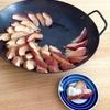 より簡単に、焼きりんご。くし切りなら、手間なく時短で美味しく焼けます