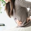 女性の便秘の原因と関係する腸閉塞の影響とは?