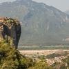 ギリシャの奇岩群に佇む聖地、空中修道院「メテオラ」に行きたーい