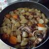 幸運な病のレシピ( 1334 )朝:イカ大根、鶏のから揚げ、先に朝の定番を作った。丸干しイワシに目玉焼きと味噌汁である。
