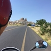 レンタバイクでカッパドキアをドライブ