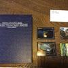 限定コレクションのカードはカードホルダーに入れてニタニタ