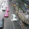 雨期は終わったはずなのに・・・なぜか土砂降り、道路は冠水のバンコク