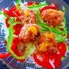 ジューシィ竜田揚げのせパリポリお漬物サラダうどん