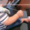 0歳児息子のセーターを編んでいます (Knitting Nikki)