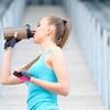 トレーニング後の10gのホエイタンパク質が筋タンパク質合成を促す(大豆タンパクより34%筋タンパク合成が増す)