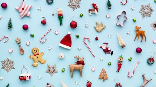 クリスマスカードを英語で書いてみよう!イギリスの家庭で定番の過ごし方って?