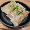 【北千住】8種から選べる鉄板焼き餃子「鶴亀飯店」