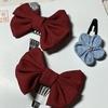 お正月・雛祭りや普段でも使える小さな可愛い髪飾りです。