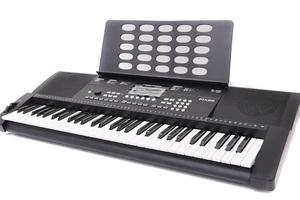 PLAYTECHから、リーズナブルな初心者向けキーボードPTK200 & PTK300が登場