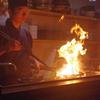 もも焼き焼いているところ 神戸三宮のお鍋なら安東