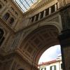 素敵な外観に惚れ惚れ~、Galleria UmbertoⅠ(ウンベルト1世のガッレリア) を見物!!