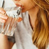 ジュースを辞めて水を飲むことのメリット4選。コスパ最強の健康法