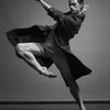 舞台でのみ輝き、傷付き、よみがえる 『DANCER セルゲイ・ポルーニン』