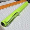 書き味抜群のボールペンは「ラミーサファリローラーボール」です