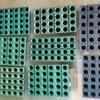 潅水作業を大幅に省力化できる「いちご育苗トレー」