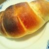 今日のひとり朝ゴハンはいただきものの塩パンやよ~(*´▽`*)ノ