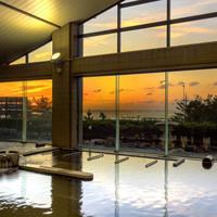【白山】温泉から日本海を一望できる!天然温泉「松任海浜温泉 おつかりさま」