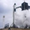 SpaceX初の歴史的な有人ロケット打ち上げは天候不順により延期
