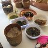 ラオス人が作ってくれたお昼ごはんを食べました